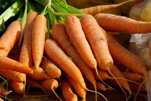 15 alimenti miracolosi per una pelle luminosa: Carote