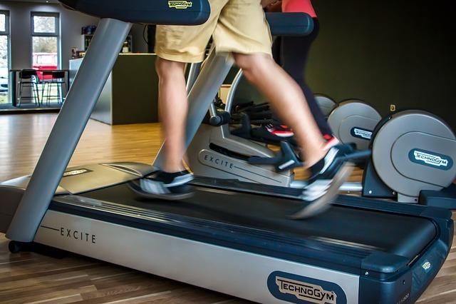 Perdere peso velocemente: 20 espedienti per bruciare grassi scientificamente provati: 4. Fate più cardio
