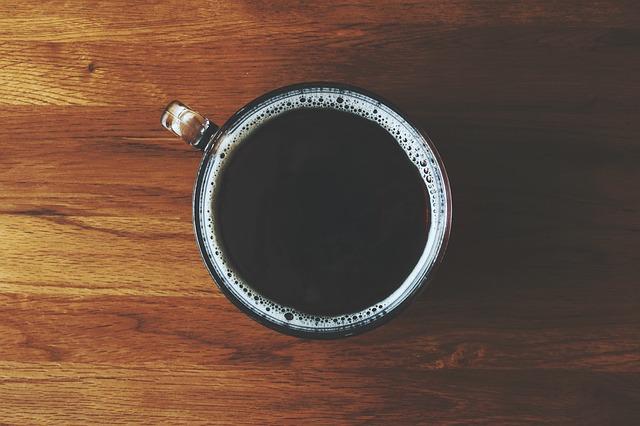 Perdere peso velocemente: 20 espedienti per bruciare grassi scientificamente provati: 10. Bere caffè nero