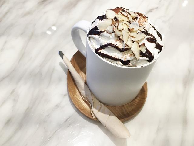 11 cibi da evitare per perdere peso: caffè speciali dei bar