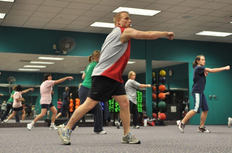 Esercizi che funzionano per perdere peso correttamente