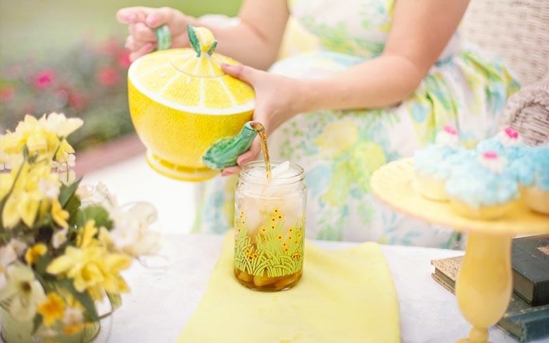 acqua-tiepida-limone