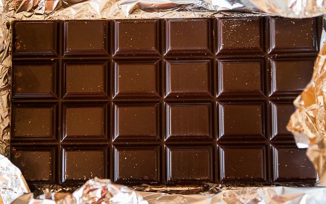 Si può perdere peso mangiando cioccolato? Ecco la sorprendente verità