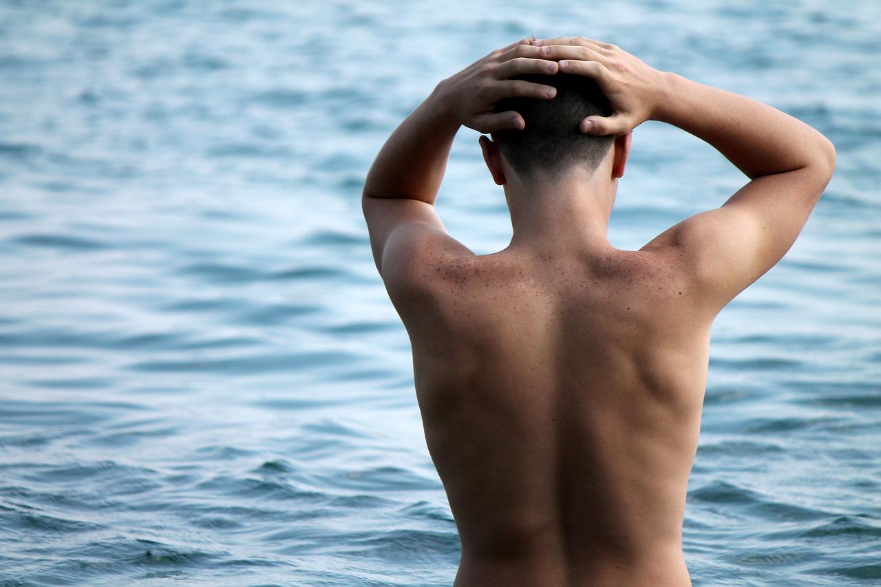 Esercizi per dimagrire la schiena