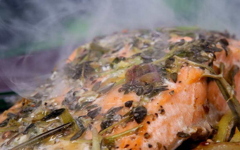 La cucina a vapore per salute e dimagrimento