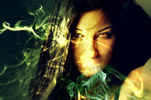 Il fumo della sigaretta elettronica senza nicotina fa male?