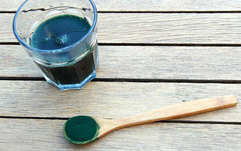 Alga Spirulina: benefici, proprietà e controindicazioni