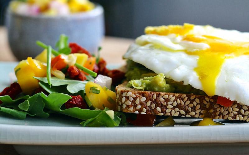 Mangia una colazione ricca di proteine